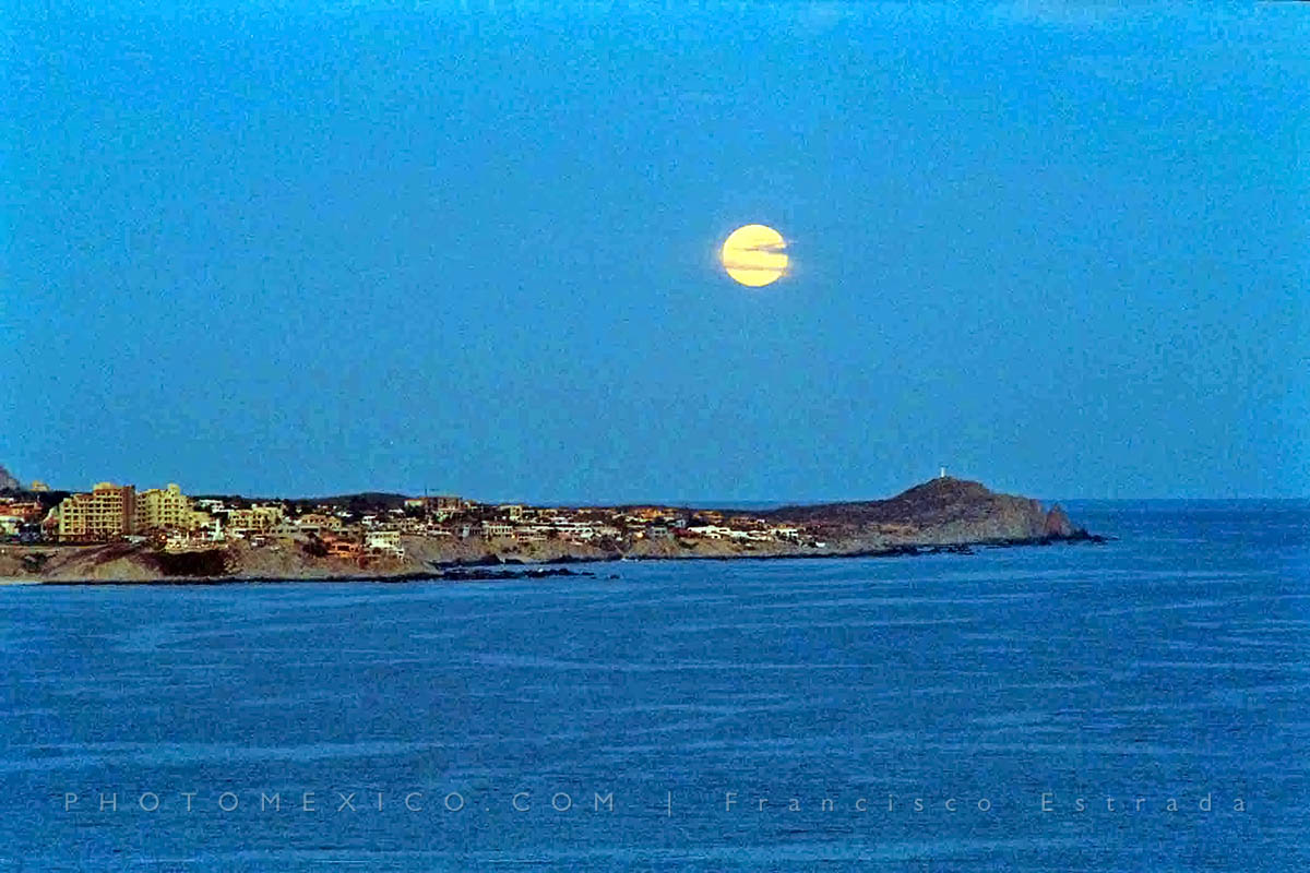 Moon over Cabo